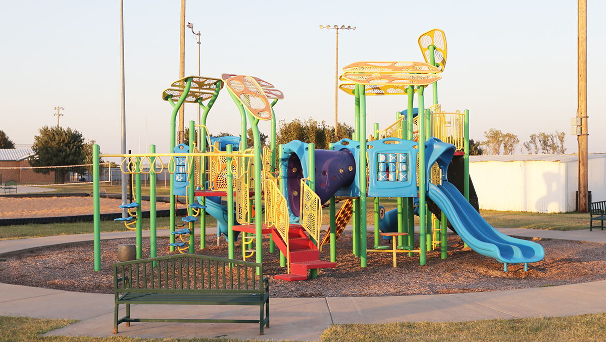 NEW PLAYGROUND EQUIPMENT FOR PARK