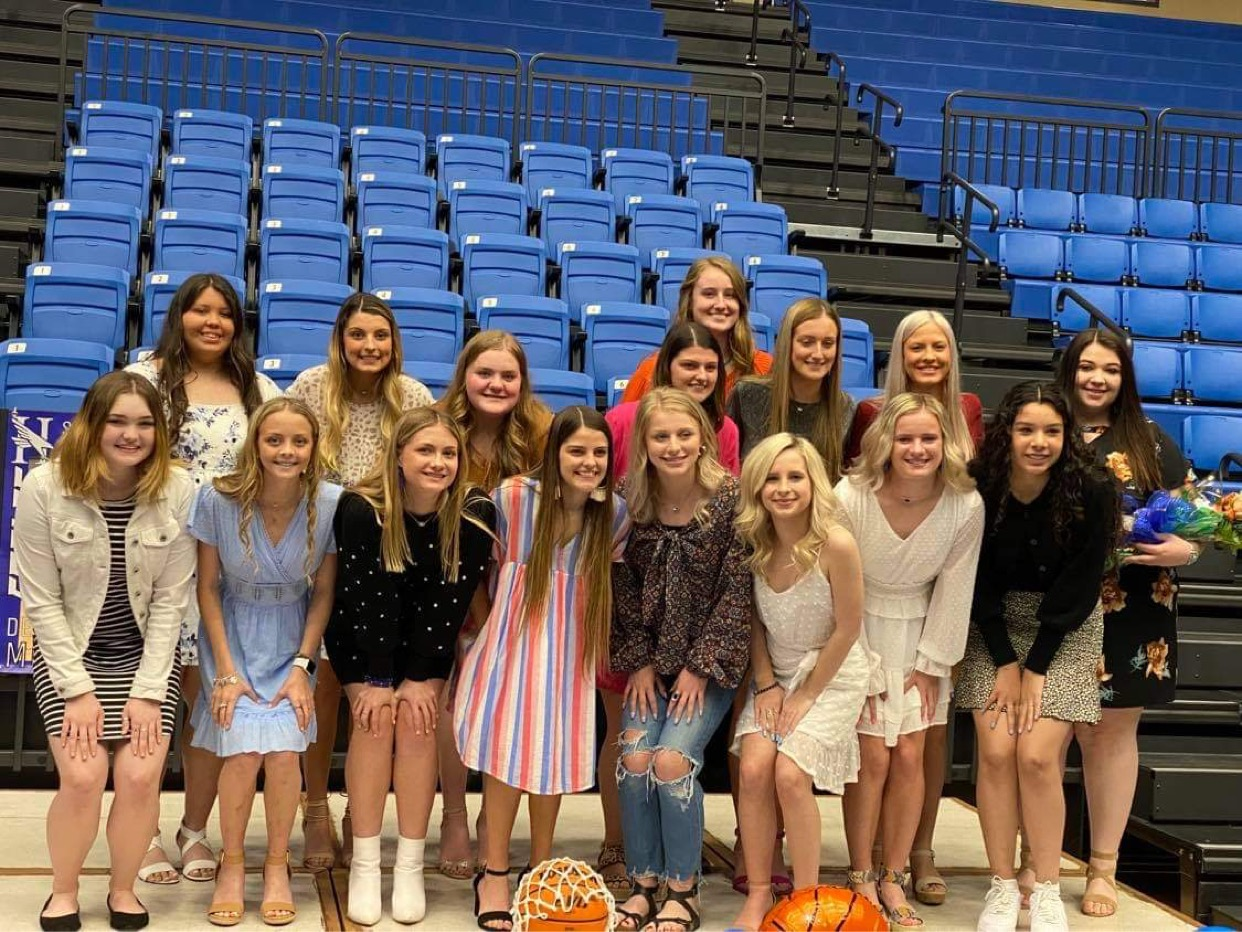 LADY EAGLE BASKETBALL BANQUET