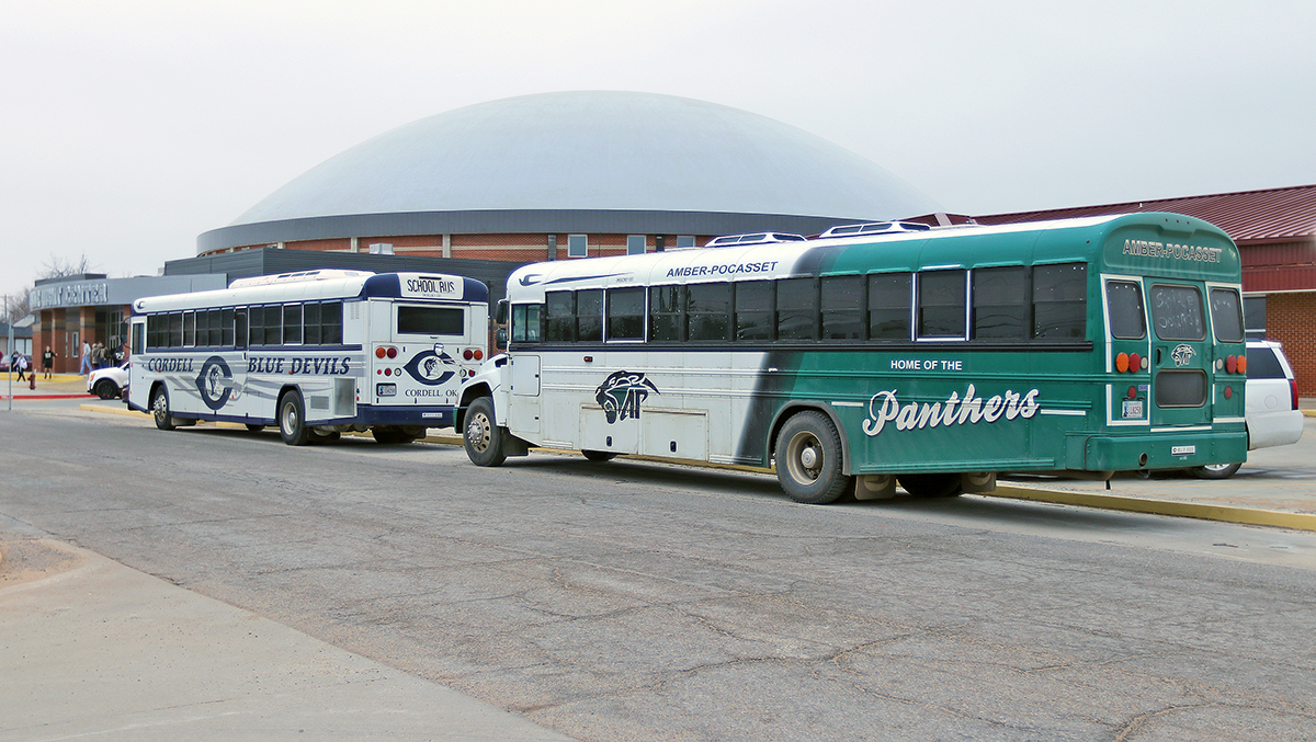 CONSTANT CONVOY OF BUSSES